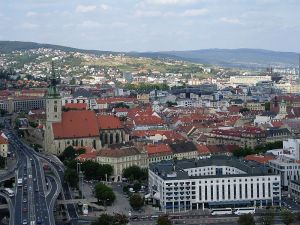 800px-Bratislava_dal_Novy_Most